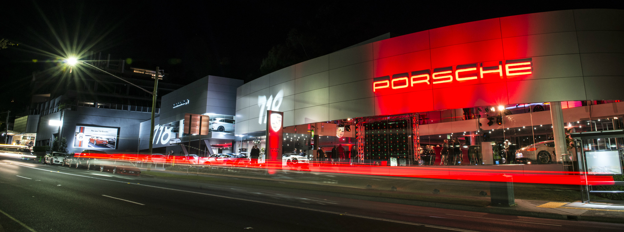 Contact Porsche Centre Willoughby